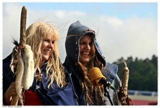 Teatergruppen Volvinar Viking hadde kunstneriske innslag under åpningssermonien. Foto: Jørgen Kirsebom
