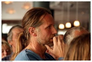 Byggeleder Geir Røvik er preget av stundens alvor. Foto: Jørgen Kirsebom